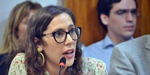 Josefina Mendoza proyecto de ley
